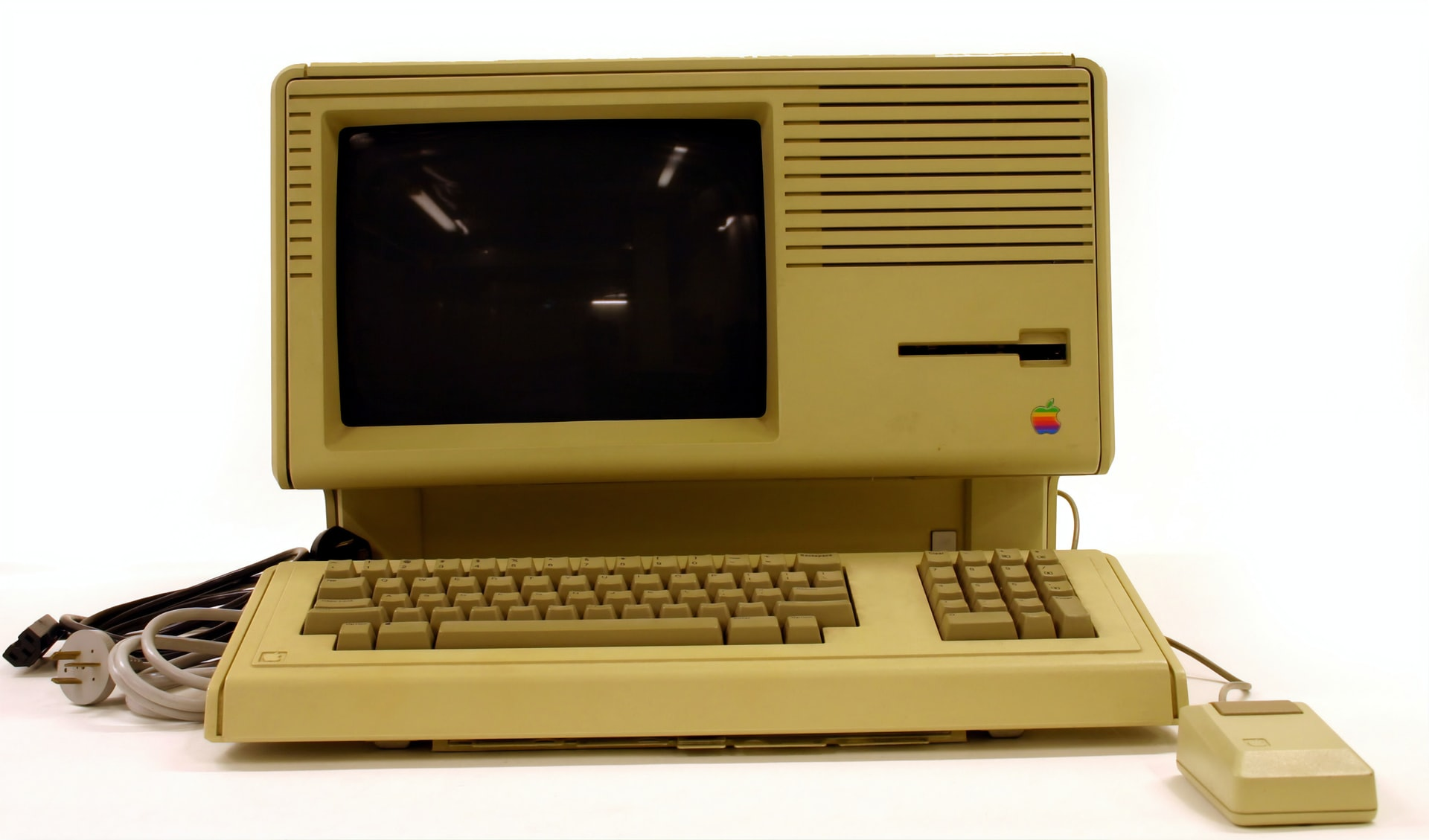 What is a Retro Style Computer and Why People Are Raving About It